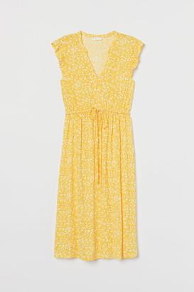 H&M MAMA Dress with Lace - Yellow