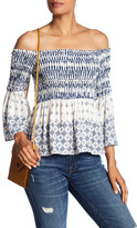 Romeo & Juliet Couture Off-the-Shoulder Double Pattern Shirt