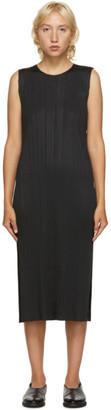 Pleats Please Issey Miyake Black Sleeveless Mid-Length Dress