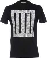 McQ T-shirts - Item 12020386