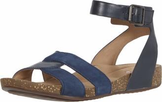 Clarks womens Un Perri Loop Flat Sandal
