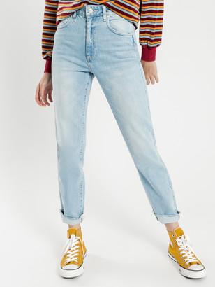 Wrangler Drew Jeans in Coyote Blue Denim