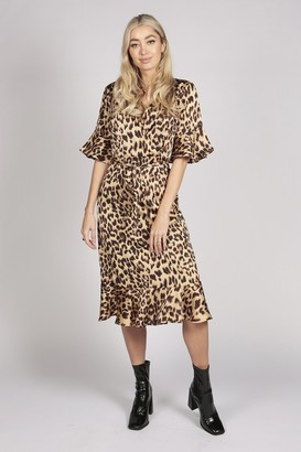 Tenki HALF SLEEVE LEOPARD PRINT RUFFLE DRESS IN BROWN