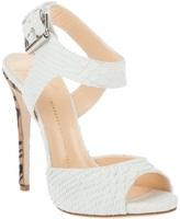 Design Pattern heel sandal