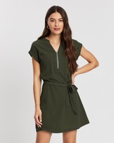 Atmos & Here Atmos&Here Zip Belted Crepe Dress