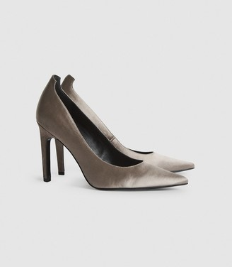 Reiss Hepburn - Satin Court Shoes in Grey