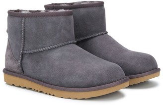 Ugg Kids TEEN Bailey snow boots