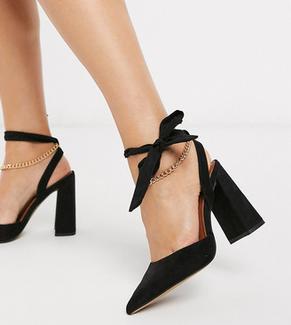 ASOS DESIGN Wide Fit Wholesome pointed block heels with chain anklet in black