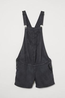 H&M MAMA Lyocell dungaree shorts