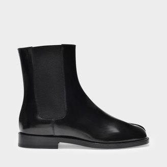 Maison Margiela Ankle Boots Tabi Chelsea In Patent Black Leather
