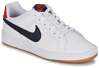 Nike COURT ROYALE GRADE SCHOOL girls's Shoes (Trainers) in White
