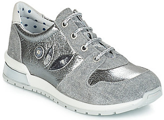 Catimini CHOCHOTTE girls's Shoes (Trainers) in Grey