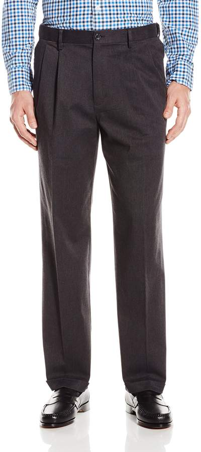 Dockers Comfort Khaki Relaxed-Fit Pleated Pant, Dark Charcoal Heather, 30x30