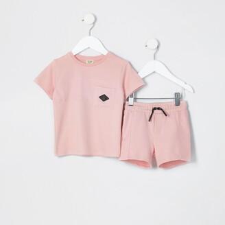 River Island Mini boys Pink nylon pocket t-shirt outfit