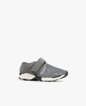 All Black Easy Mesh Sneaker Women's Shoes