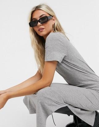 Noisy May midi t-shirt dress in grey