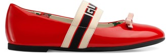 Gucci Children's patent leather ballet flat with stripe