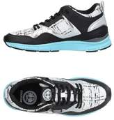 Gourmet Low-tops & sneakers