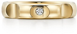 Tiffany & Co. Paloma's Groove ring in 18ct gold with a diamond, 4 mm wide