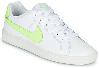 Nike COURT ROYAL women's Shoes (Trainers) in White