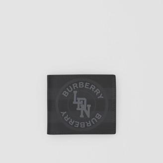 Burberry Logo Graphic International Bifold Coin Wallet
