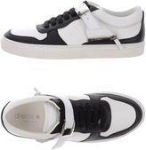 D-S!de Sneakers