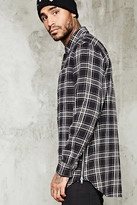 Forever 21 FOREVER 21+ Slim-Fit Zip-Hem Flannel Shirt