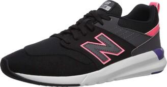 New Balance Women's 09v1 Training Shoe Sneaker