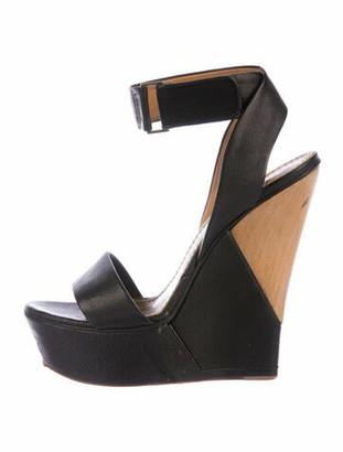Lanvin Leather Colorblock Pattern Sandals Black