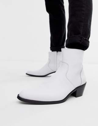Asos Design DESIGN stacked heel western chelsea boots in white leather