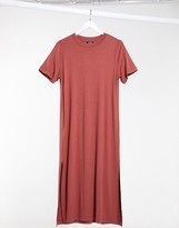 Monki Exclusive Isabella jersey midi t-shirt dress with side split in rose