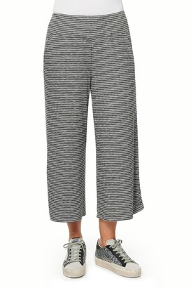 Democracy Two Pocket Knit Gaucho Pants
