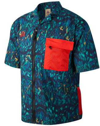 Nike ACG Short Sleeve Water Repellent Stretch Nylon Shirt