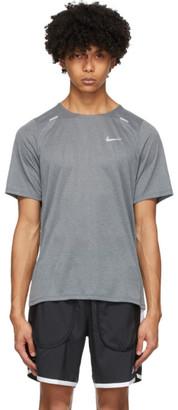 Nike Grey Rise 365 T-Shirt