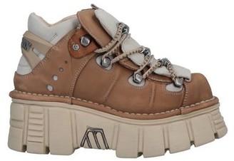New Rock Low-tops & sneakers
