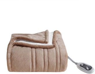Cuddl Duds Heated Plush to Sherpa Throw
