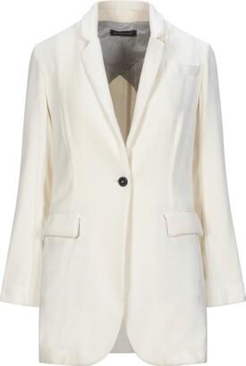 PDR PHISIQUE DU ROLE Suit jackets