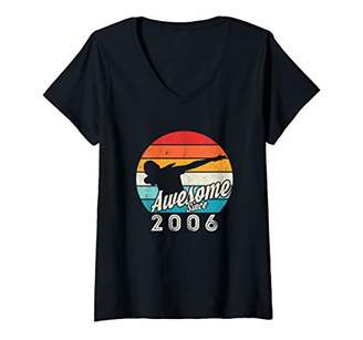 IDEA Womens 13th Birthday Gift For Trendy Dab Lovers Vintage 2006 V-Neck T-Shirt