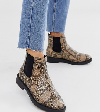 ASOS DESIGN Wide Fit Auto chunky chelsea boots in snake