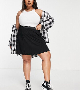 ASOS DESIGN Curve elasticated waist flippy mini skirt in black