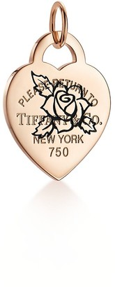 Tiffany & Co. Return to TiffanyTM Etched rose heart tag charm in 18k rose gold, large
