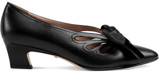 Gucci Leather pump with bow