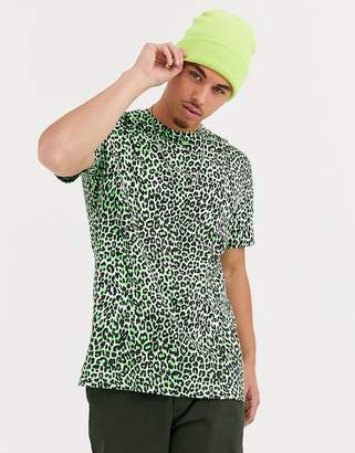 ONLY & SONS leopard print t-shirt in green