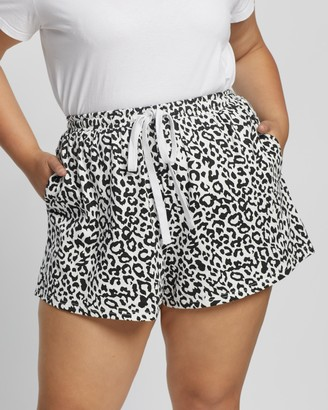 Atmos & Here Atmos&Here Curvy - Women's High-Waisted - Vicki Relaxed Shorts - Size 18 at The Iconic