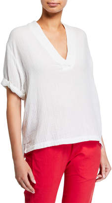 XiRENA Avery V-Neck Short-Sleeve Gauze Top