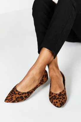 boohoo Wide Fit Leopard Pointed Ballets