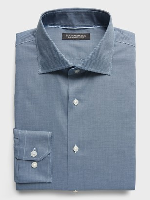 Banana Republic Slim-Fit Non-Iron Dress Shirt with Cutaway Collar