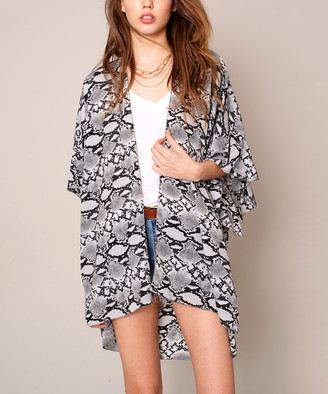 Avenue Zoe Women's Kimono Cardigans BLACK/IVORY - Black & Ivory Python Ruffle Kimono - Women