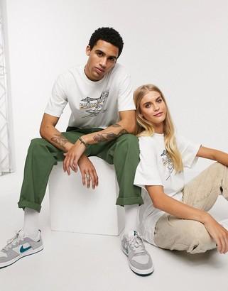 Nike SB Yoon Pier 7 graphic t-shirt in white