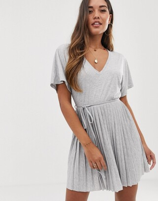 Asos Design DESIGN v neck mini dress with pleated skirt and self belt-Gray